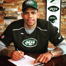 Terrelle Pryor signs with Jets (Credit @TerrellePryor - Twitter)